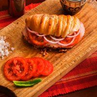 Sanduche de Pernil de Cerdo